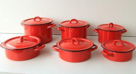 "12 pieces Enamelled Potset ""Lillliput"" Red"