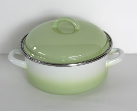 Enamel Pot Green-White, 18 cm - 1,75 L